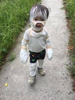 1歳10か月お散歩 (1).jpg