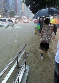 釜山大雨.jpg